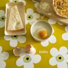 lola-tafelzeil-flower-mustard